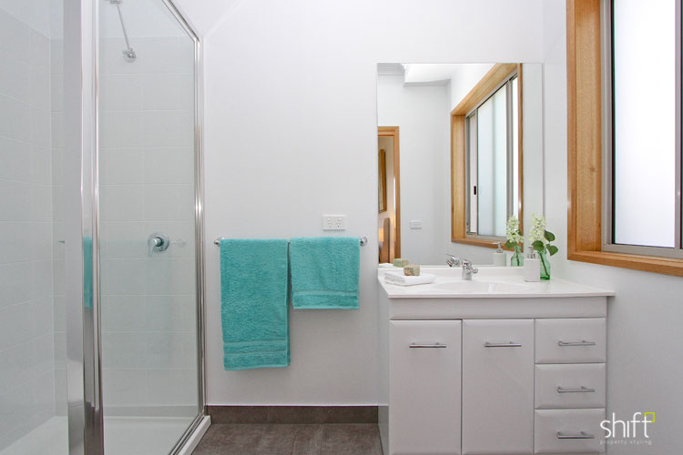 Bathrooms can be set up with towels, soaps and accessories