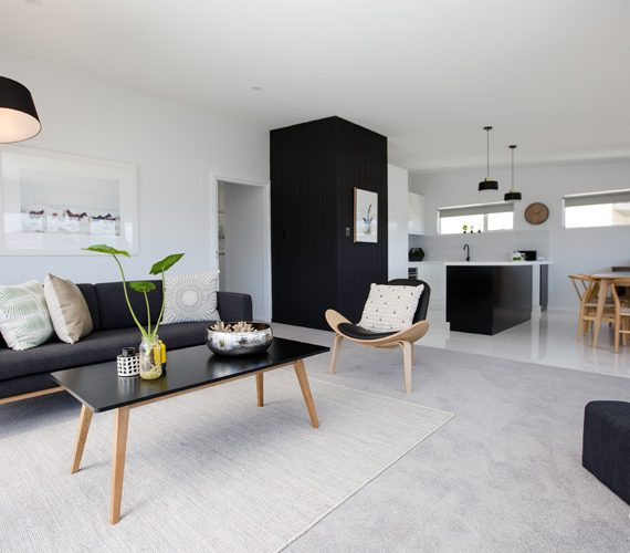 Vienne Drive - lounge room